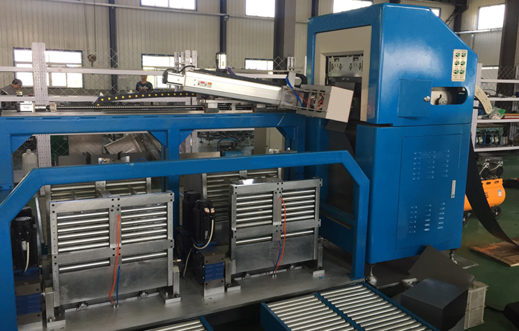 automatic distributed gap wound core forming machine